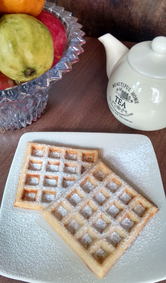 Eggless Waffles
